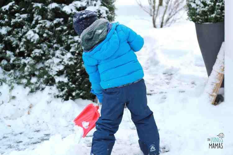 Wir bauen eine Schneebar