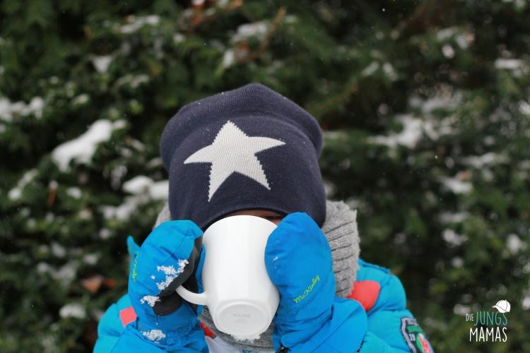 Trinken an der Schneebar.JPG