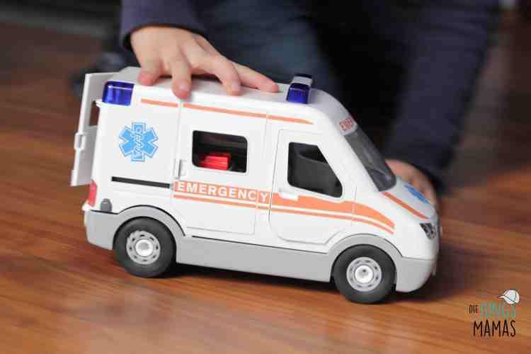 Krankenwagen von Revell Junior Kits_Die JungsMamas