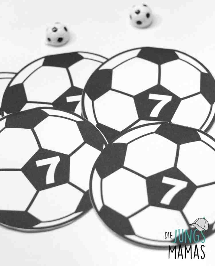 Fußball-Einladungen für die große Fußball-Party_Die JungsMamas