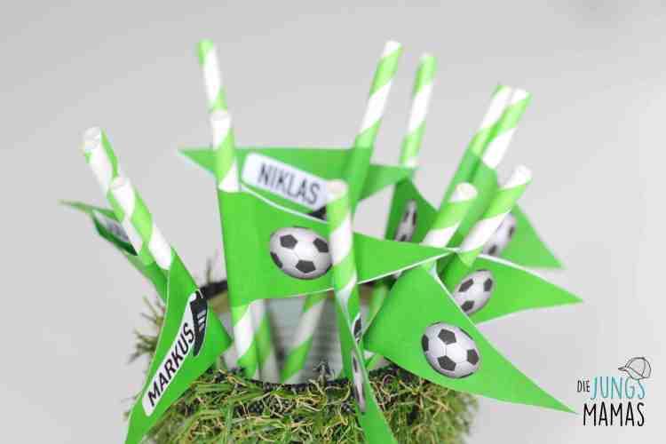 Strohhalme für die Fußball-Party_Die JungsMamas