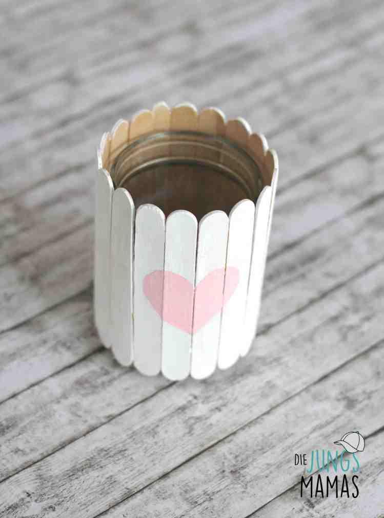 Einfache Vase / Upcycling aus Popsicle Eisstilen _ Die JungsMamas